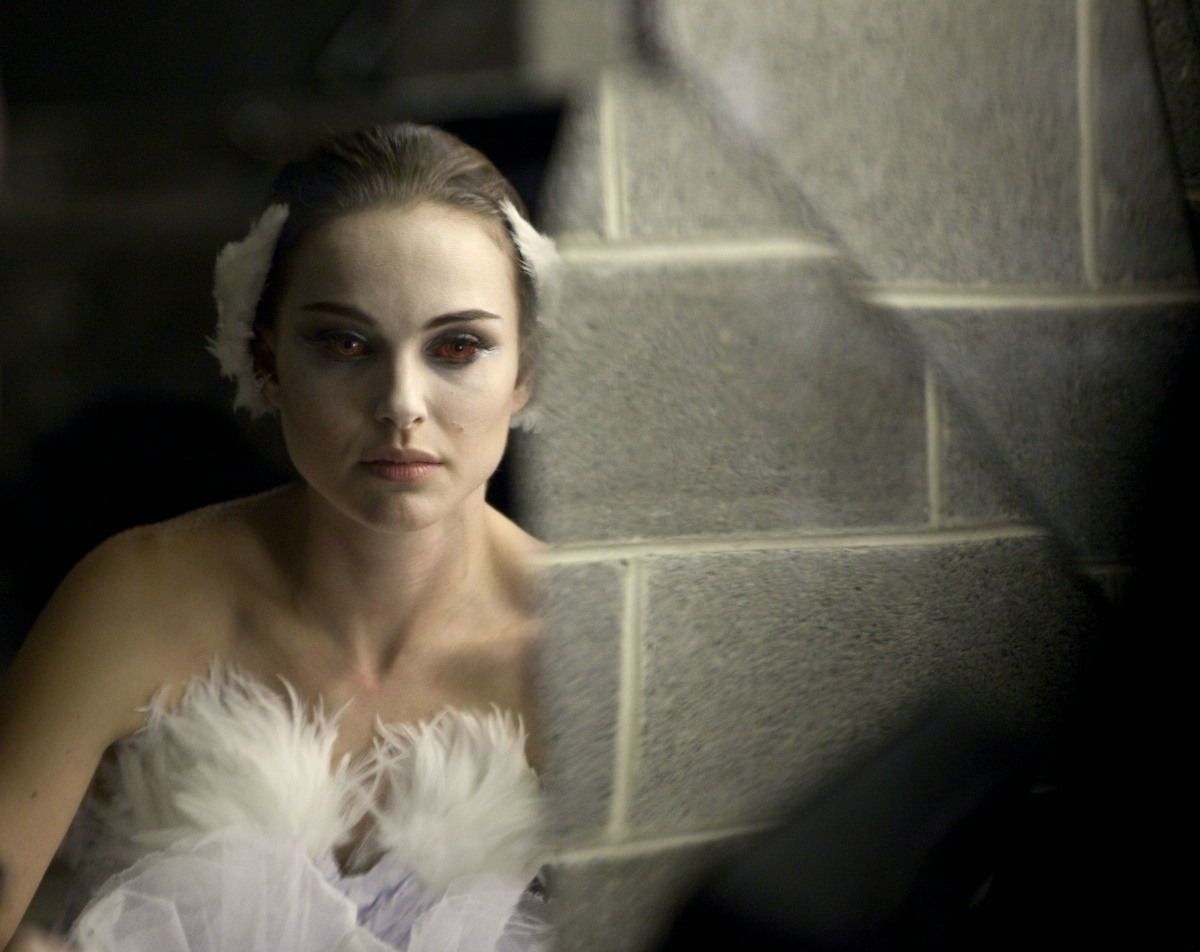 The Black Swan is pregnant,