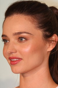 Miranda Kerr's face typifies the properties of feminine youthfulness, including a short face, small chin, thick lips and small brow. Source: Eva Rinaldi, Wikimedia Commons
